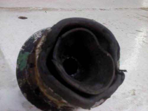 tuleja gumowo-metalowa:wymiana