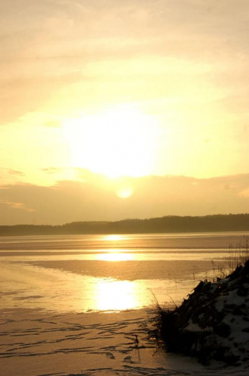 #jezioro #ZachódSłońca #słońce #chmury #zima